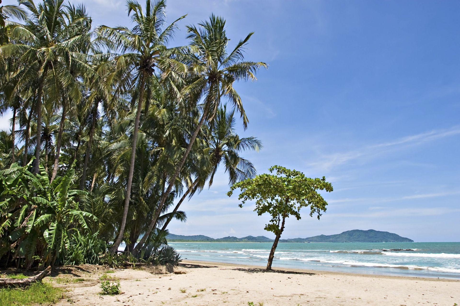esy-002764925-tamarindo-beach-1